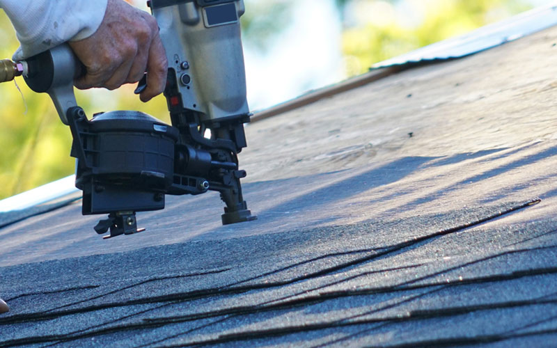 roofing contractor in Monette, AR